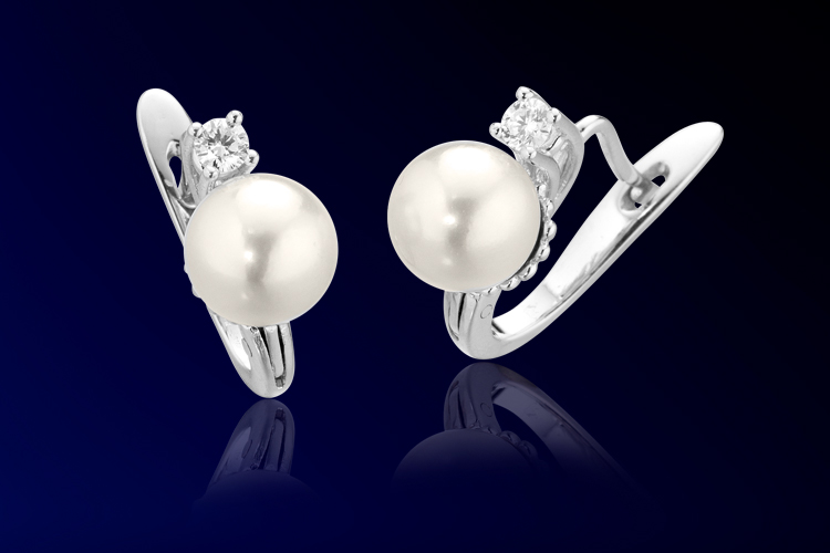 Collezione orecchini oro bianco e perla Roger Gems